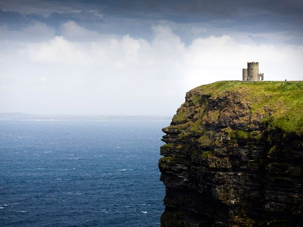 Ireland-cliffs-obrianstower_6017_600x450
